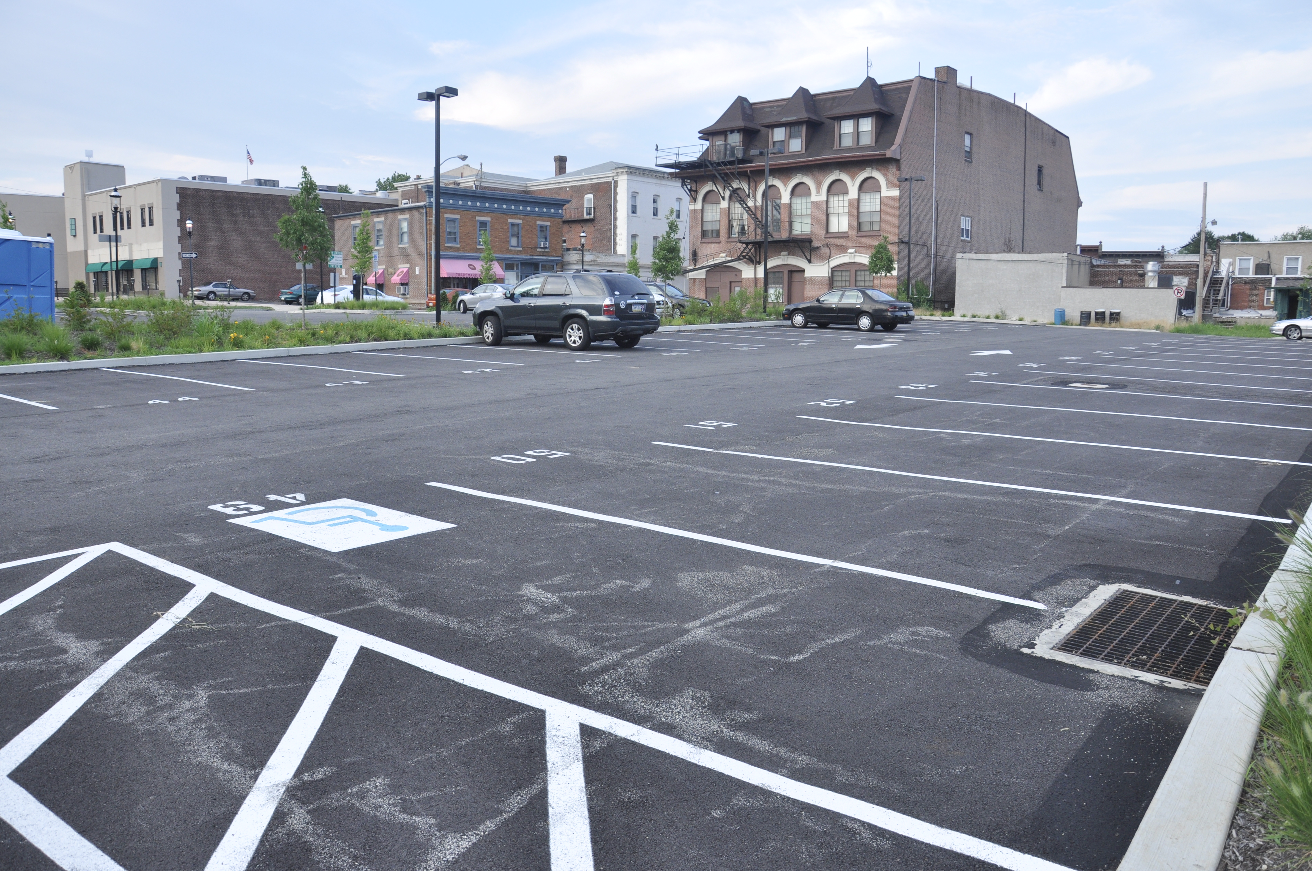 Does Jenkintown Borough need more parking?