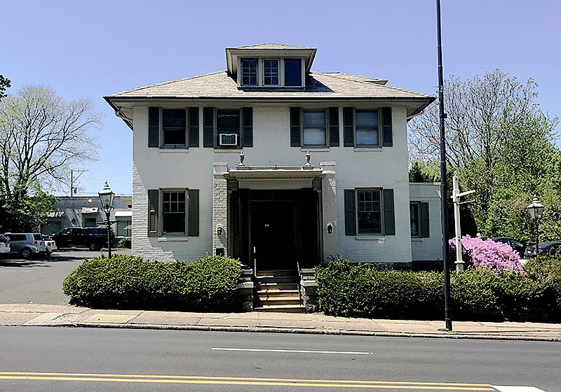 Hellweg Funeral Home building Jenkintown PA